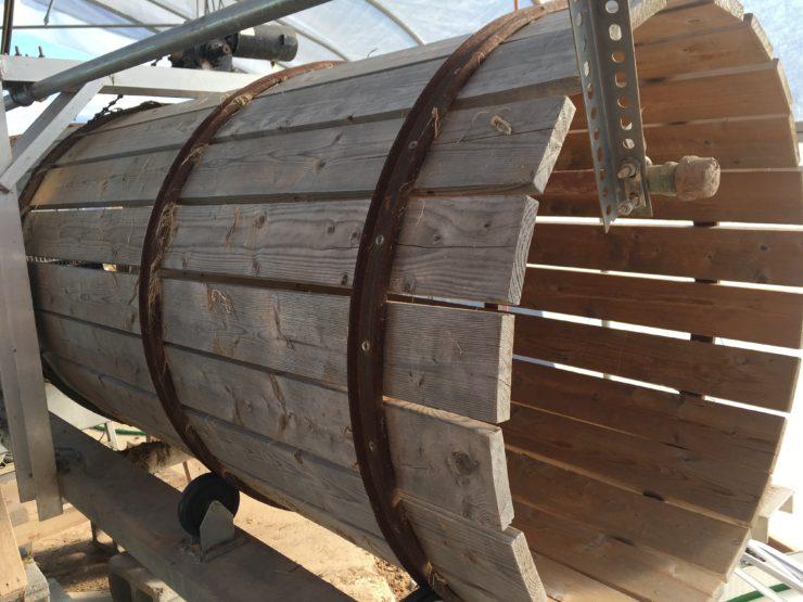 Wooden produce-washing machine.