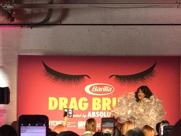 Drag queen performing for Drag Brunch.